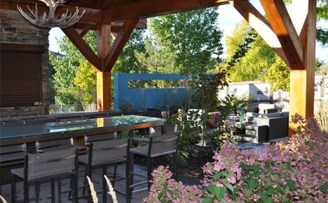 outdoor_living_slider